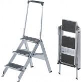 Лестница-стремянка, 3 ступеньки, со страховочной дугой